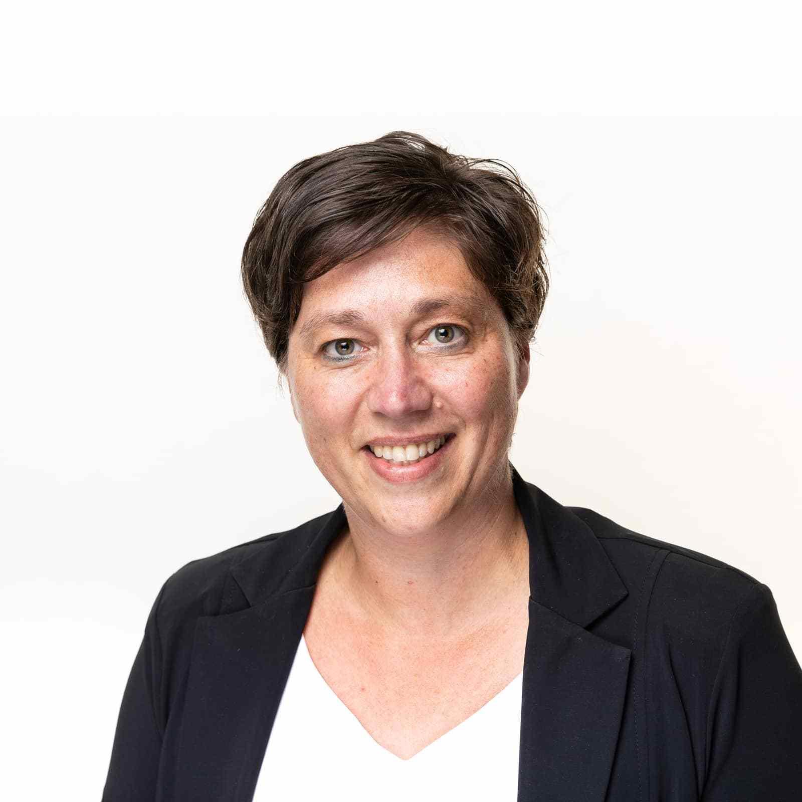 Mendy ten Veen - Fiscaal adviseur in Raalte, Deventer en Losser