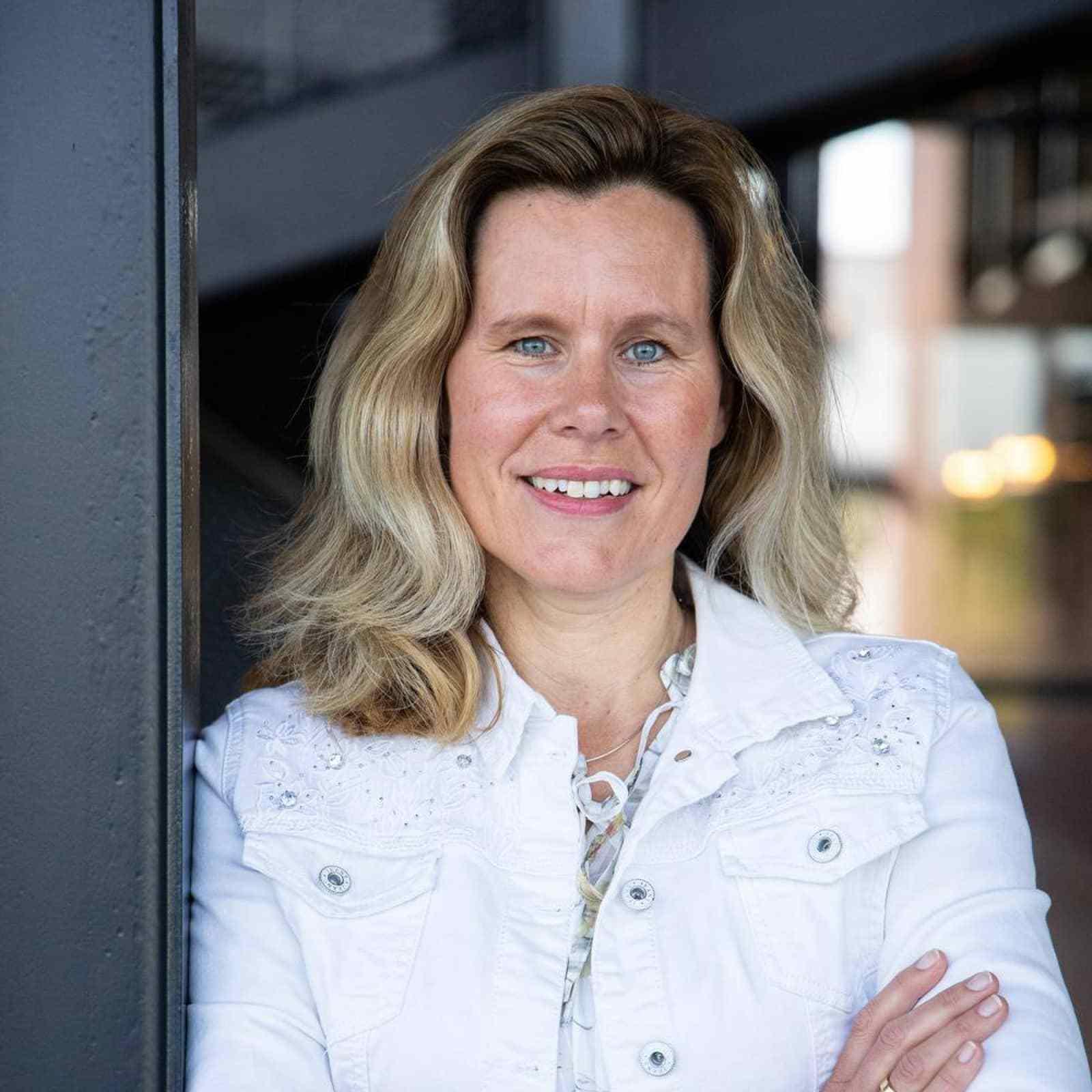 Karin Gombert - Advies finance/hrm/processen in Almelo